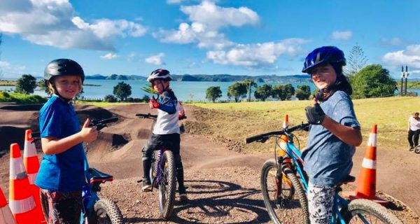 Winter fun in the Bay of Islands for families - Teaser Image
