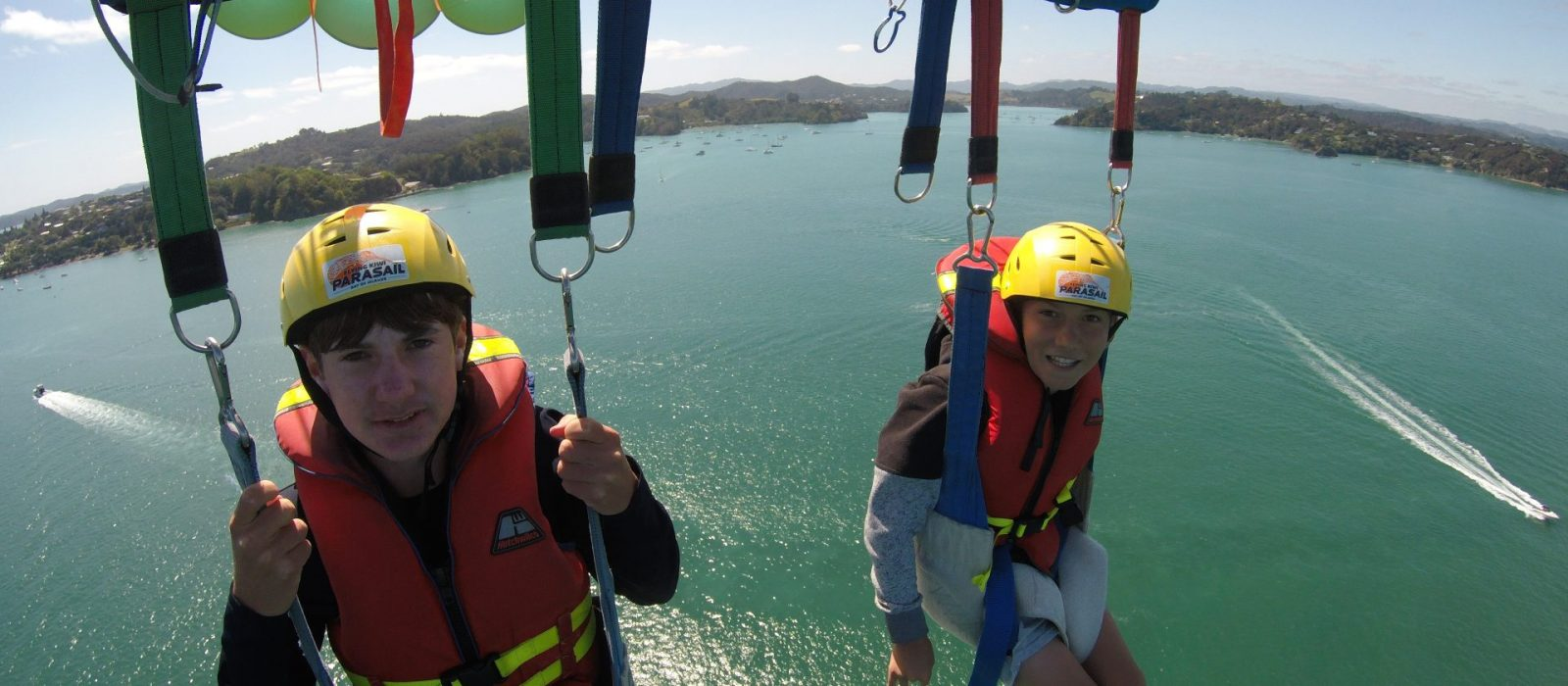 bay-of-islands-parasail-new-zealand